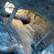 Naprawa fundamentów, Podbijanie law fundamentowych, naprawa fundamentu, wzmocnienie fundamentów w starym domu, remont fundamentów